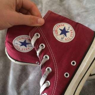 Converse Unisex Maroon Shoes