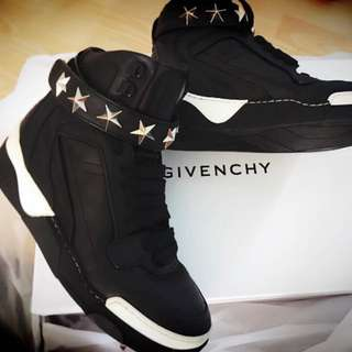 Givenchy Tyson