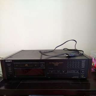 Faulty Sony X55ES Audiophil High End CD player