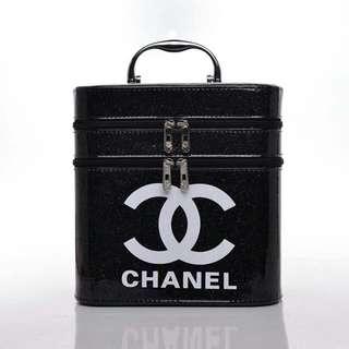 Chanel Make Up Box 001