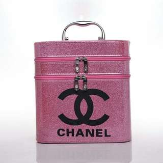 Chanel Make Up Box 001