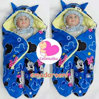 selimut bayi kaki karakter mickey mouse