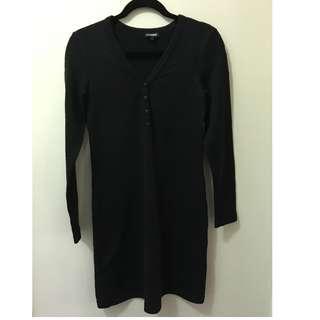 Indigo long-sleeve black knit dress with button
