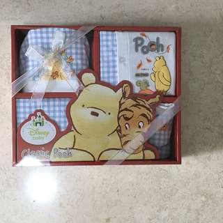 Disney Baby Classic Pooh 5pcs Gift Set