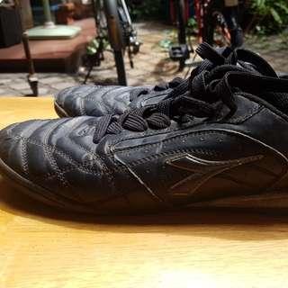Diadora shoes original size 42 sepatu