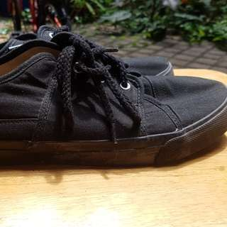 GAP shoes brand new size 43.5