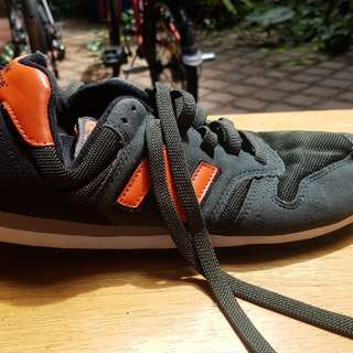 New Balance 373 Shoes original sepatu size 42