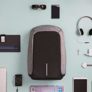 Anti-Theft Business Travel Laptop Backpack With USB Charging Port