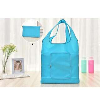 Foldable wallet style tote bag