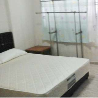 307 Choa Chu kang Ave 4 (Common Bedroom)  - Near CCK MRT !! Lot 1 Shopping Mall. With Aircon and Wifi , All Genders Welcome!