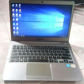 Notebook Samsung 535U3C Ram 4 Gb slim dan mulus