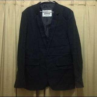 blazer warna hitam