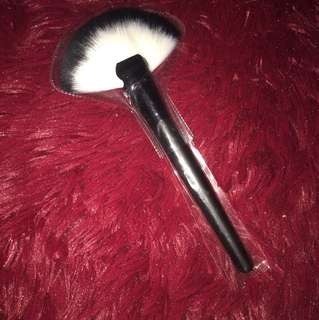 Instock large fan brush quality synthetic bristles