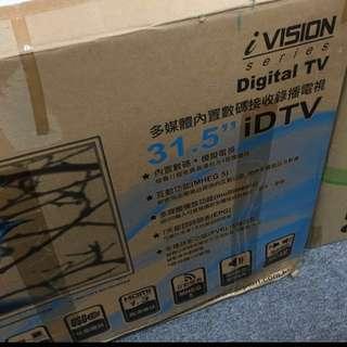 31.5'' Digital TV