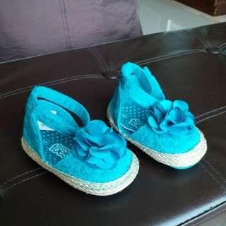 Sepatu anak (prewalker)