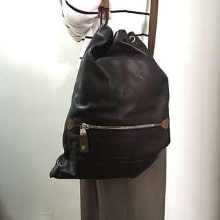 全新Salvatore Ferragamo皮革背包