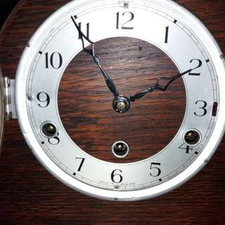 Made in England table chime clock