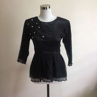 Kids lace peplum