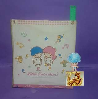 * SALE 30% OFF/ NOW Php. 756 *Little Twin Star Wooden Light & Box