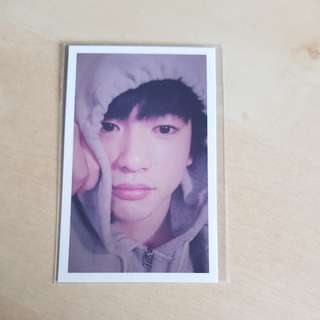 🚚 [WTS] GOT7 JINYOUNG FLY PHOTOCARD