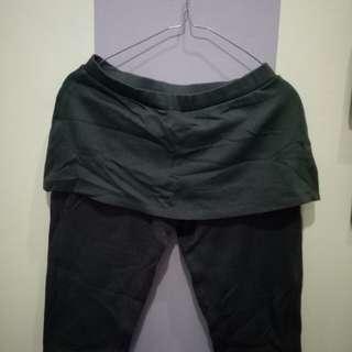Celana Senam Wanita