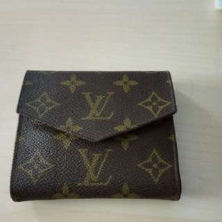 Authentic bifold LV wallet