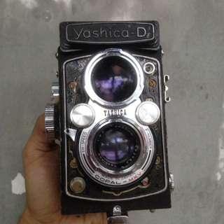 Kamera TLR (yashica D