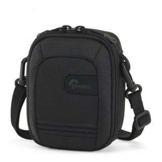 LOWEPRO GENEVA 30 POUCH - BLACK
