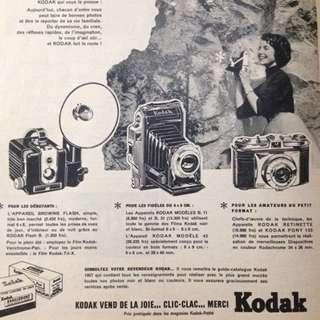 1957 Kodak Advertisement & Audrey Hepburn Insert Page French Elle Magazine