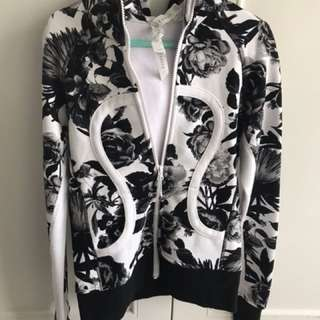 Authentic limited edition Floral print yoga fleece jacket