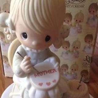 PRECIOUS MOMENTS MOTHER SEW DEAR E-3106