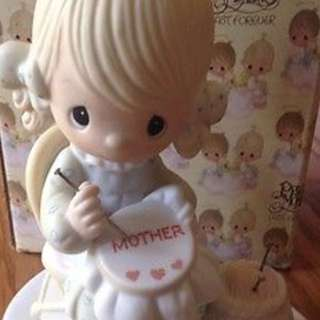 PRECIOUS MOMENTS MOTHER SEW DEAR E-3106