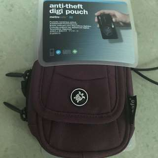 Pacsafe Anti-theft Digi Pouch