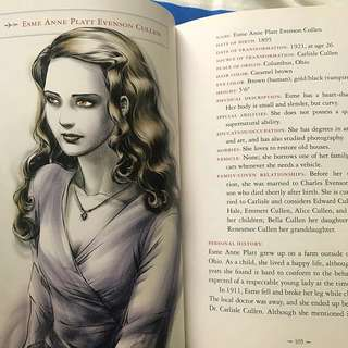 TWILIGHT SAGA: the official illustrated guide