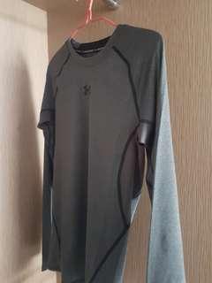 Under Armour long sleeve shirt