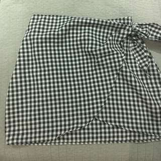 Ladies gingham skirt