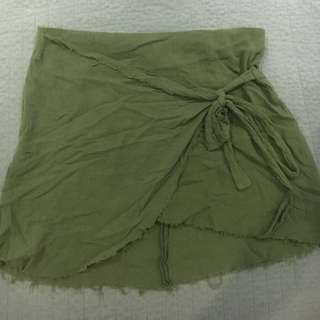 Ladies green linen skirt