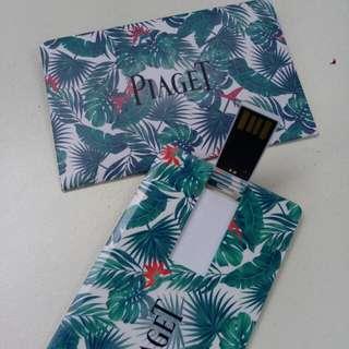 Piaget USB card 8gb