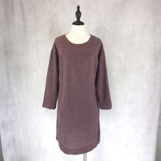 Linen Dress with pockets in front *COMPANY SAMPLE