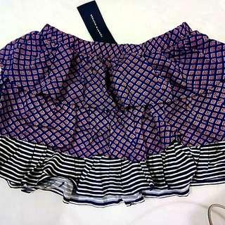 Brandnew tommy hilfiger skirt for 5 yrs old girls