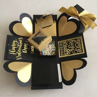Valentine day explosion box with capsules in box , 4 waterfall in black & gold