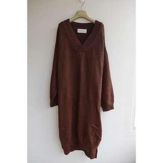 正韓 粗鉤織羊毛v領長版毛衣/洋裝