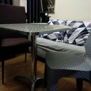 Dining set / Price for each item also available