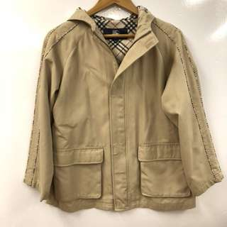 Burberry london jacket size 150A
