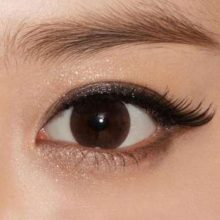Chocolate brown contact lens
