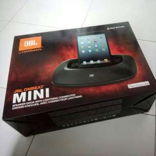 JBL Onbeat Mini speaker dock
