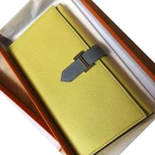 Hermes bi fold bearn wallet