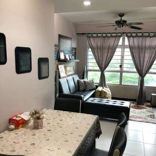 Rare 3Room at 180A Rivervale For Sale!!