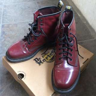 DR. MARTENS CHERRY ROUGE 1460