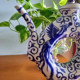 China Antique White & Blue Dragon and Phoenix porcelain wine pot